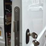 van lock back door  regshowing 22-11-16